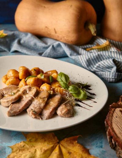 Menu jesienne - Gnocchi z dyni i polędwiczka wieprzowa  restauracja włoska w Krakowie La Stazione